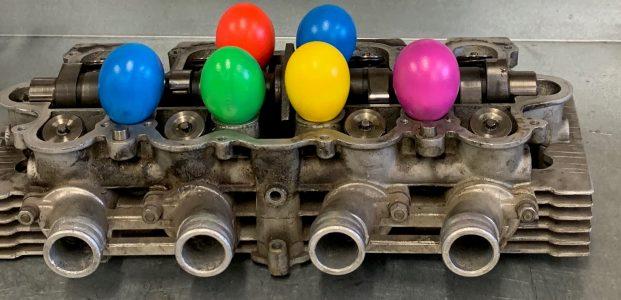 Farbige  (Oster) Eier