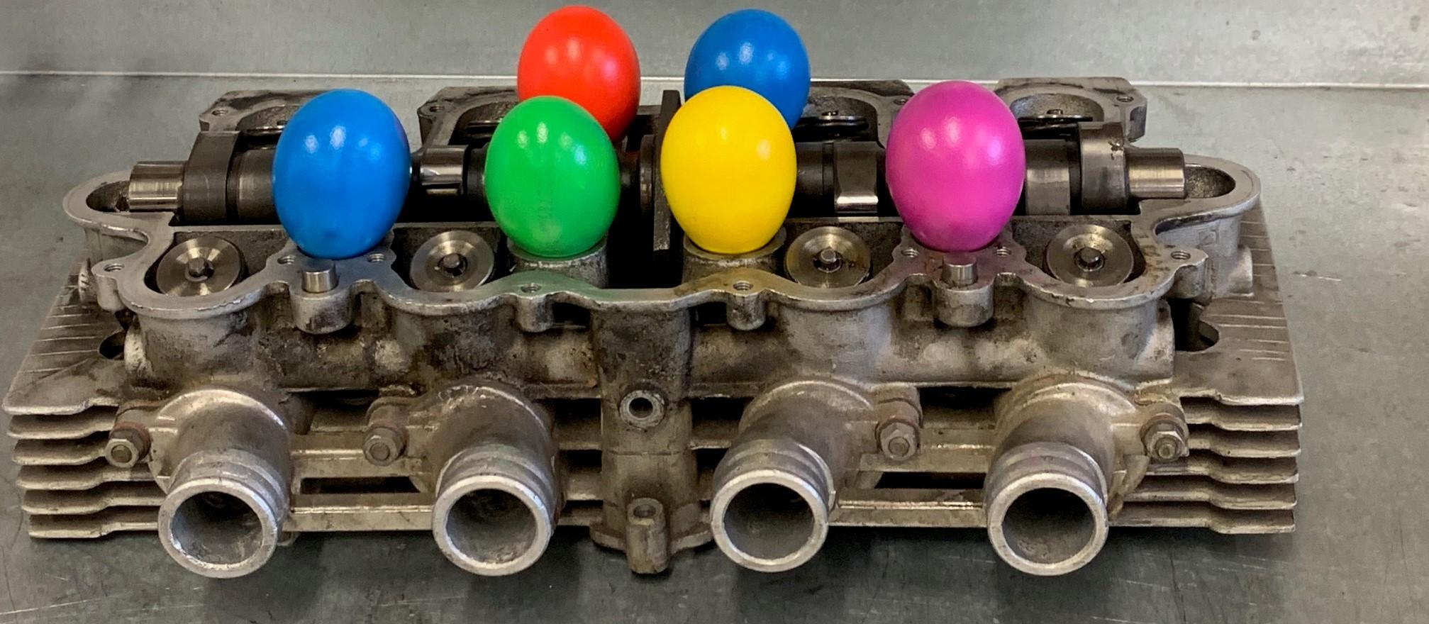 2021  Farbige  (Oster) Eier